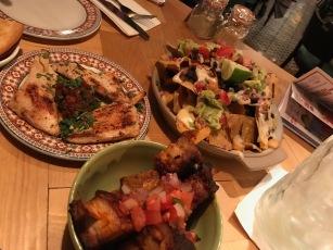 Revolution de Cuba : Table of food