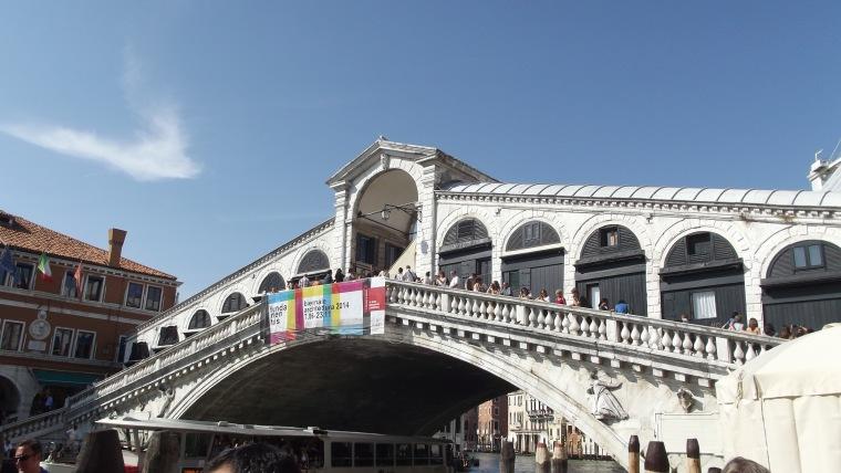 Venice Italy : Rialto Bride