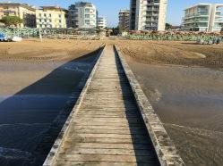 Lido Di Jesolo : Jesolo Pier hotel view