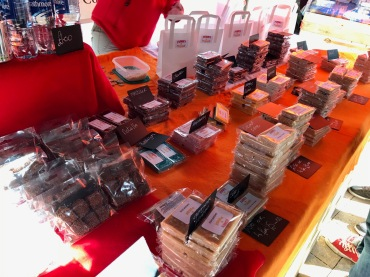 Lomond Shores Spring Fest : Funky Fudge