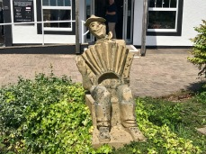 Gretna Green : Sculpture Man