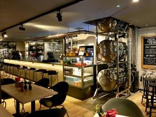 Innis & Gunn Beer Kitchen : Inside 1