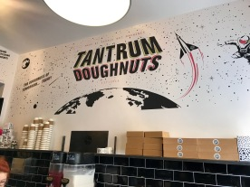 Tantrum Doughnuts : Inside 3