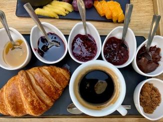 Chocolat - Createur de Gout (Bucharest, Romania) : Sweet Breakfast Platter 2