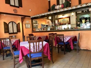 Pizzeria Trevi (Craiova, Romania) : Inside