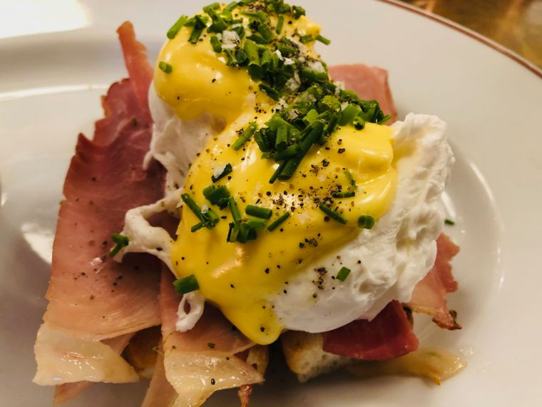 Harrys Dolce Vita London : Eggs Benedict